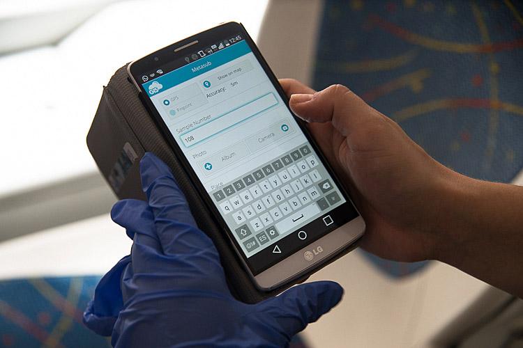 Taking samples in public transportation GIS Cloud