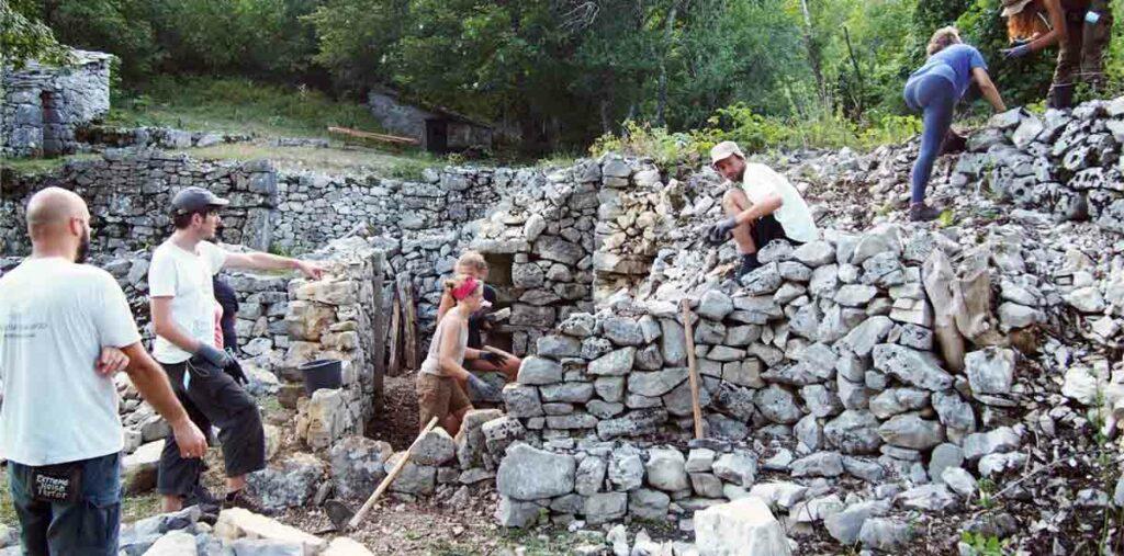 dry stone builders